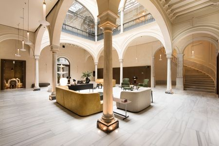 Mercer Hotel Sevilla Patio