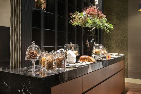 Mercer Hotel Sevilla Desayuno